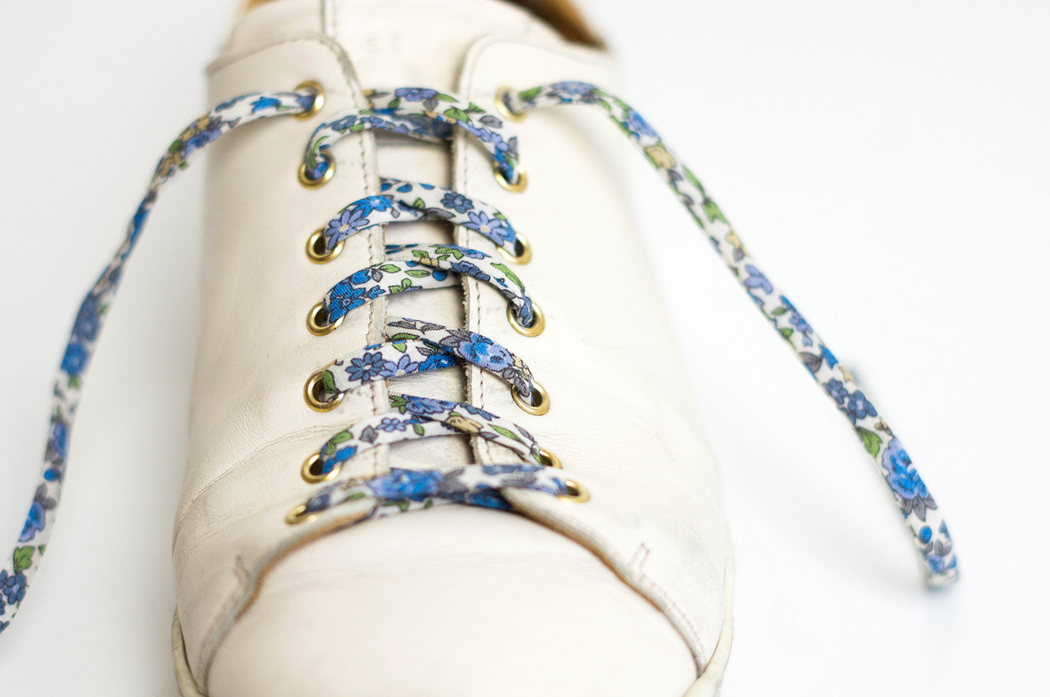 diy-lacets-baskets-froufrou-1
